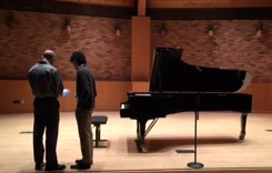 Johanson and Bartlett confer before the recital. Photo: Dan Wasil.