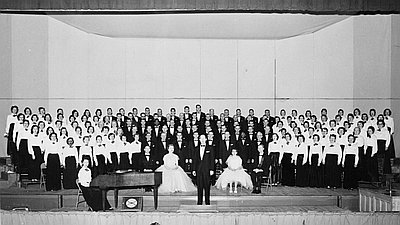 Portland Symphonic Choir in December 1957.