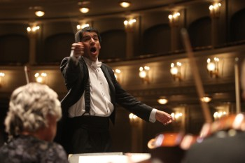 Former Eugene Symphony music director Miguel Harth-Bedoya returns to conduct the orchestra on Thursday. Photo: Richard Rodriguez.