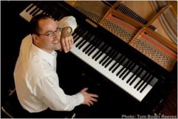 Eugene composer/performer Alexander Schwarzkopf. Photo: Tom Reeves.