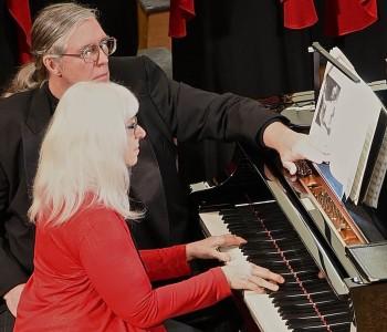 Pianist Linda Smith. Photo: Don White.