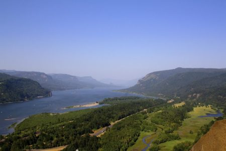 Columbia River Gorge. Photo: Aaron Pegram.
