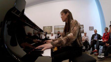 Lydia Chung performed at Makrokosmos.