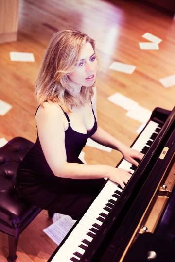 Pianist Natasha Paremski performed with Eugene Symphony Orchestra.
