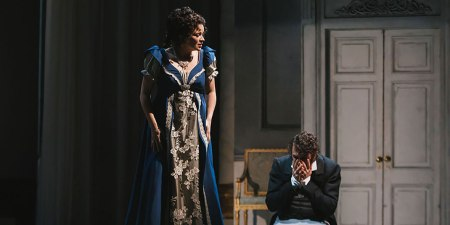Seattle Opera's production of 'Eugene Onegin.' Photo by Sunny Martini.