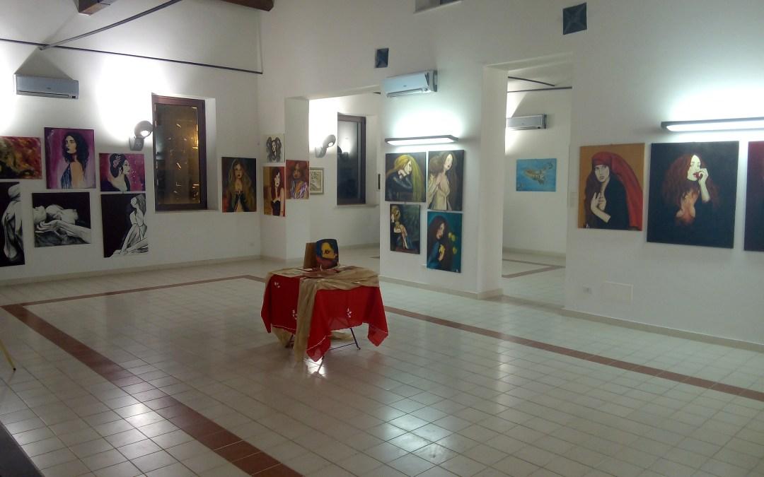 """Barcellona PG. Le Personali di Marilena Carbone, Maria Torre e Vito Natoli e la Collettiva """"Ars Vivendi"""" alla Galleria Civica """"Seme d'Arancia"""""""