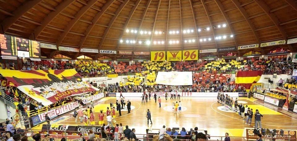 """Barcellona PG. Basket, l'accorato appello dei tifosi a imprenditori e politici: """"Noi siamo pronti e voi?"""""""