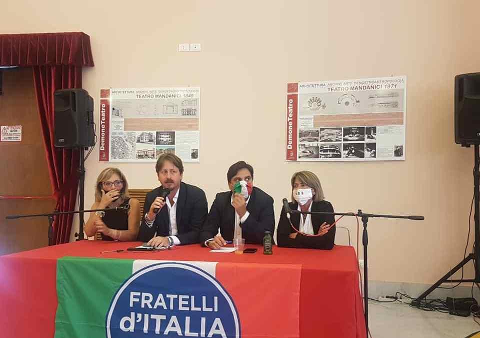 """Barcellona PG. Incontro di Fratelli D'Italia al Teatro Mandanici: """"Siamo parte sostanziale delle coalizioni di centro-destra"""""""