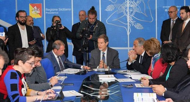 Sicilia. Ristori Covid, dalla Regione 73 milioni per imprese e partite Iva: via alle domande