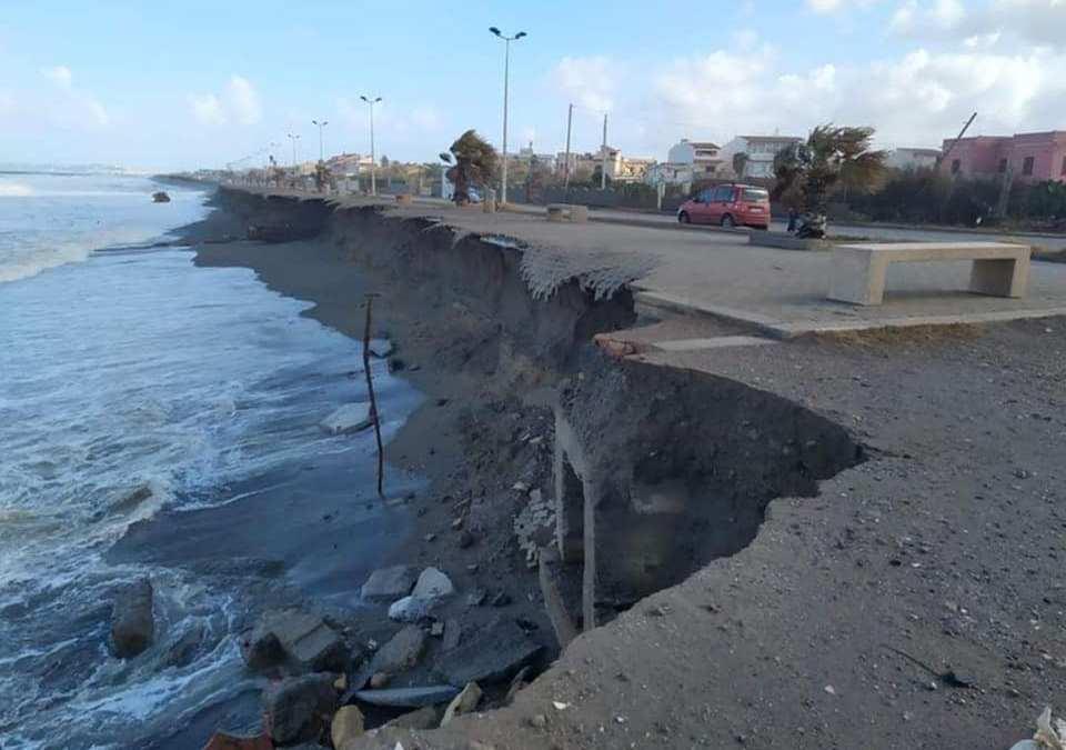 Barcellona PG. Ripascimento litorale Spinesante e disagio idrico a Sant'Andrea, il punto del sindaco Calabrò