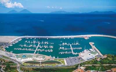 Regione. Il porto di Capo d'Orlando bandiera blu, On. Laccoto chiede collegamento stabile con le Eolie