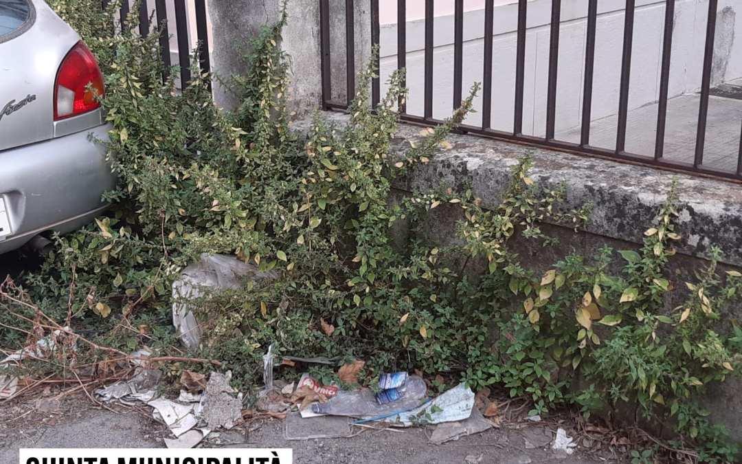 """Messina. Rifiuti e sporcizia in città, consiglieri municipali M5s: """"Stato di degrado indecente"""""""