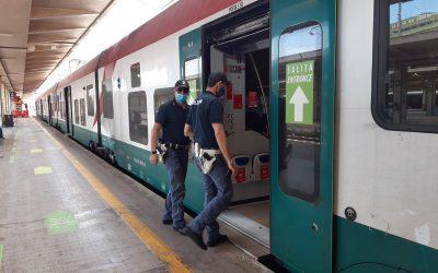 In Sicilia, quattro indagati e circa 2.700 persone controllate in stazioni ferroviarie e sui treni