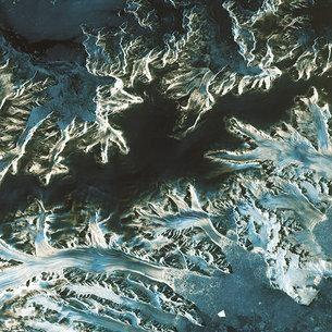 Antarctica_Peninsula_from_Sentinel-1A_medium