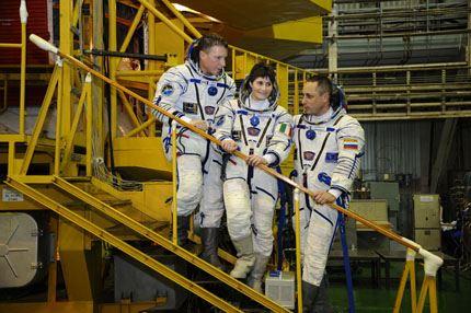 Soyuz TMA-15M 08