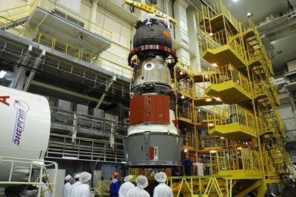 Soyuz TMA-16M 03