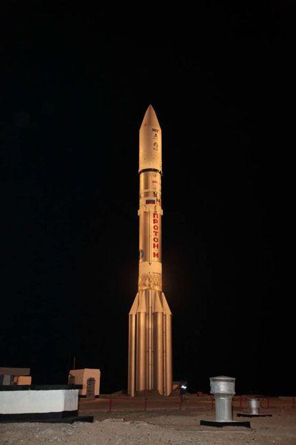 Proton-M_Astra-2E 02