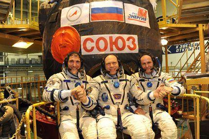 Soyuz TMA-10M 04