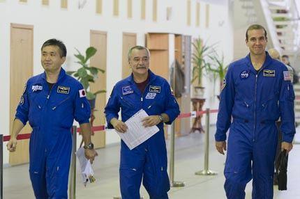 Soyuz TMA-11 07