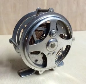 bronson-unmarked-fly-reel-2