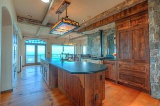 Mt. Woolard Orcas Kitchen