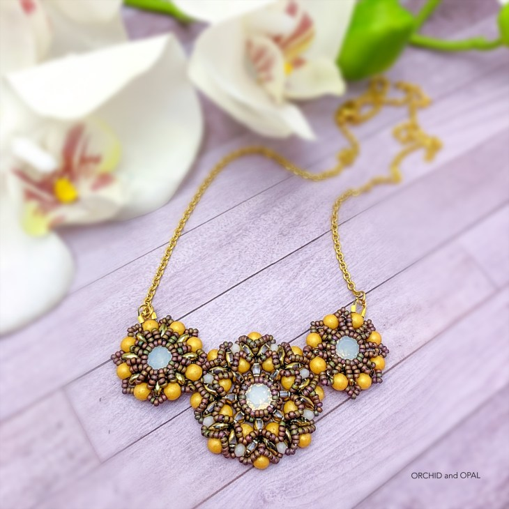 spring blossoms necklace gold