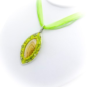Horse Eye Agate Bezeled Pendant Necklace green