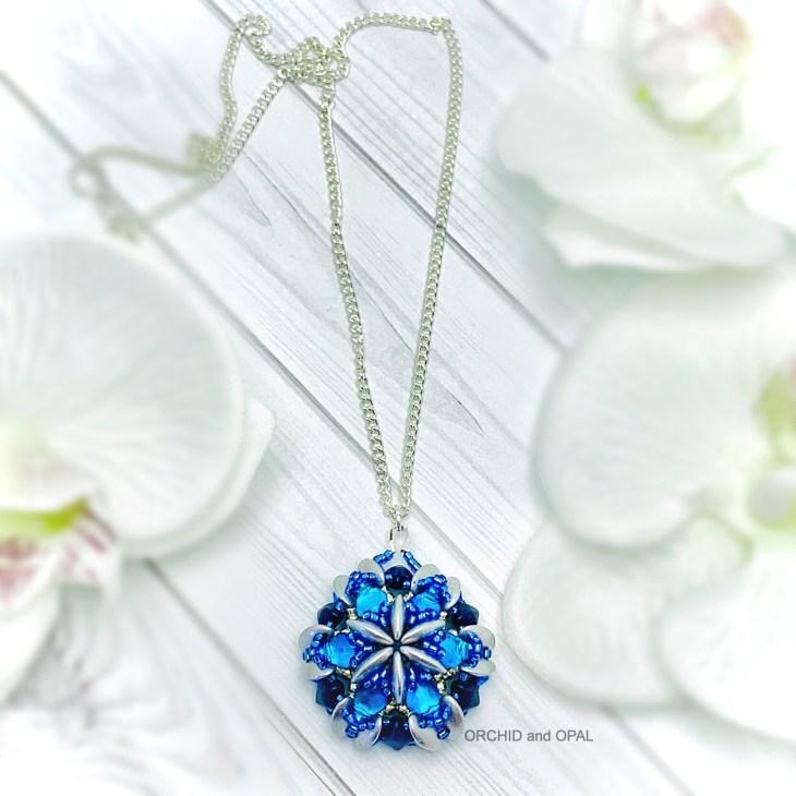 sanibel pendant necklace