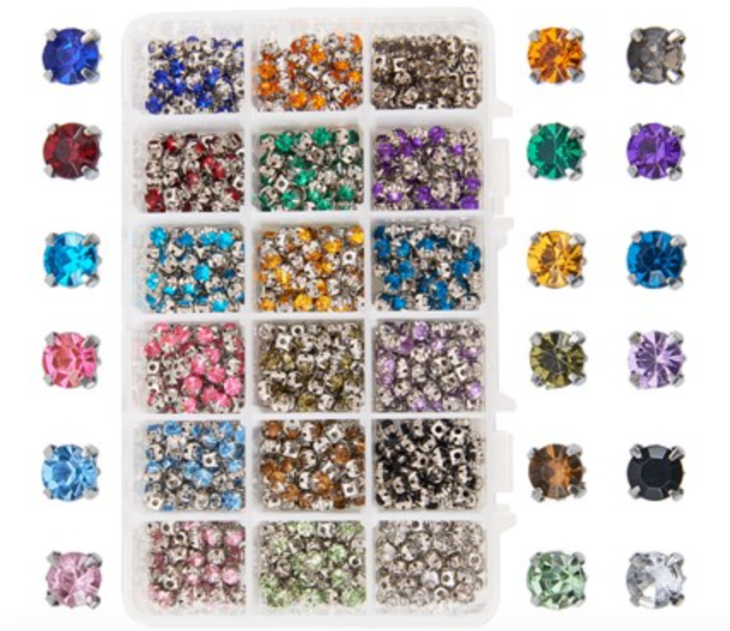 900pcs Size 5x5x4mm Sew on Acrylic Rhinestone Faceted Montees