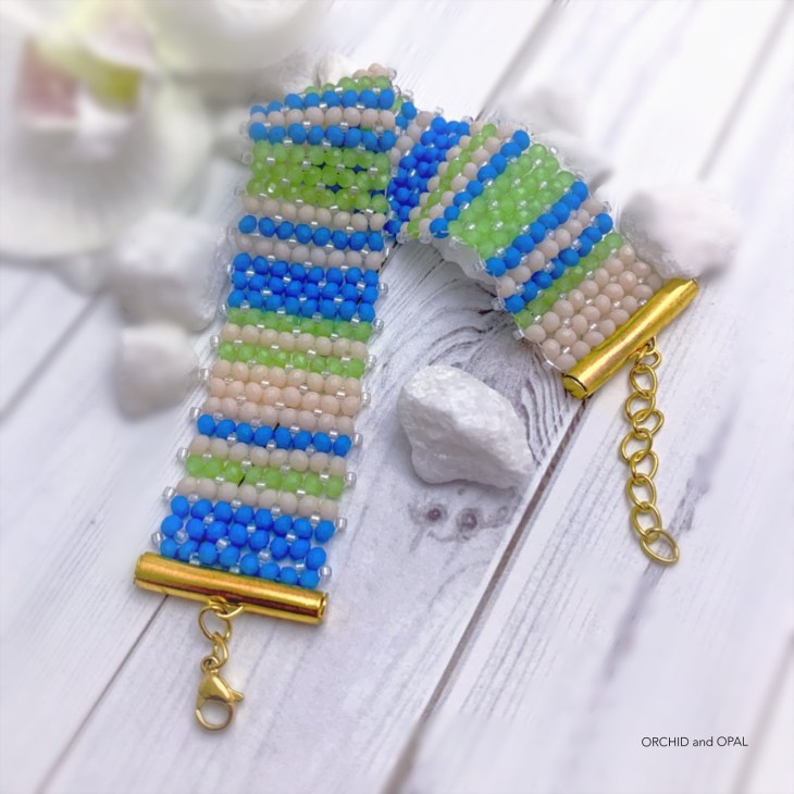 flat chenille bracecelet in beachy stripes