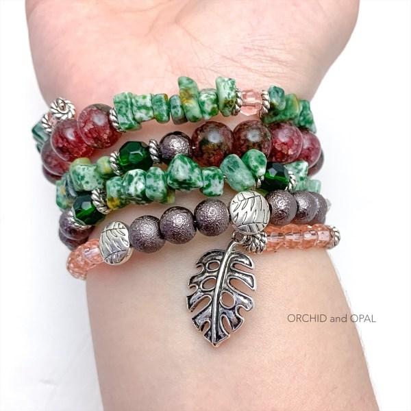 jade memory wire bracelet inside
