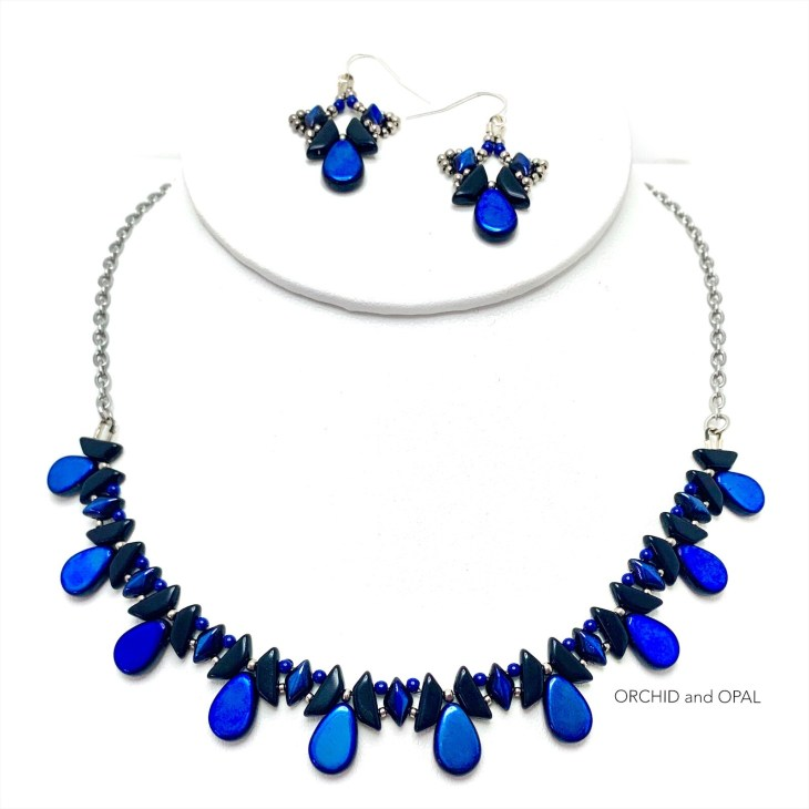 tantalizing tinos beaded set blue black