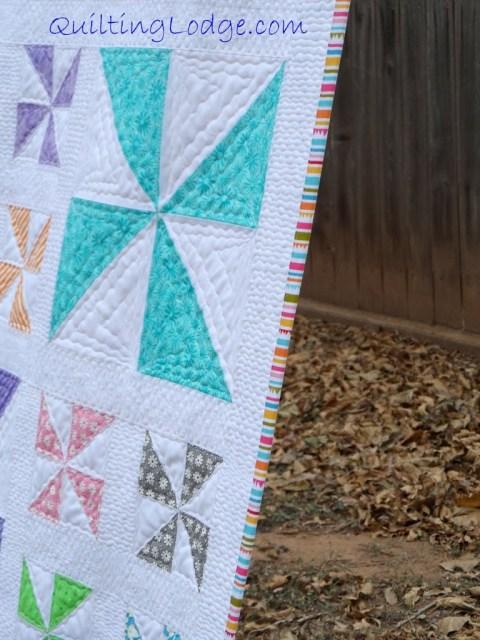 Quilting Lodge Pinwheel Quilt ~ Binding