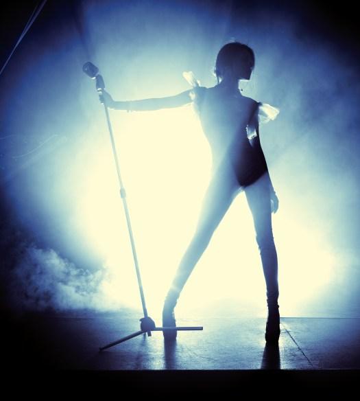 Pop Star Halsey on Bipolar Disorder and Celebrity Lifestyle