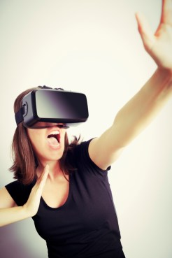 Virtual Reality Could Help Women With Eating Disorders Improve Body Image