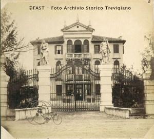 villa_franchetti_foto_storica