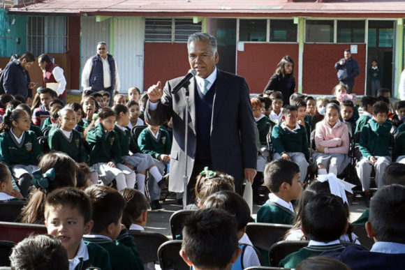 ENTREGA FERNANDO ZAMORA INFRAESTRUCTURA EDUCATIVA