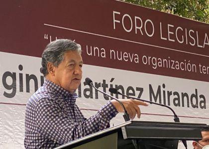 NECESARIO REDUCIR GASTOS Y COMBATIR CORRUPCIÓN: HIGINIO MARTÍNEZ