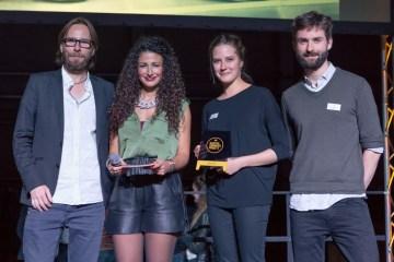 Alexander van Hessen mit den Gastro-Gründerpreis-Gewinnern vom Haferkater auf der Berlin Food Week