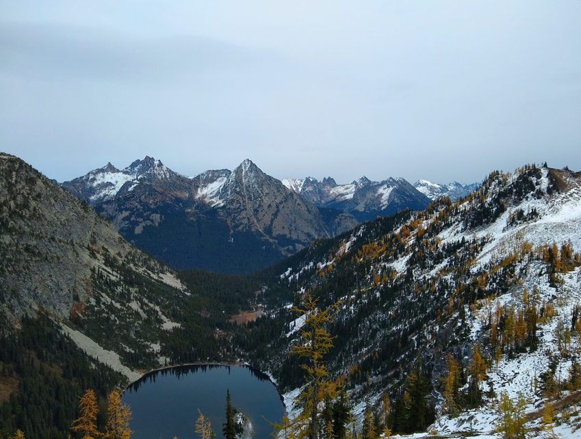 North Cascades views on the Maple Pass loop trail