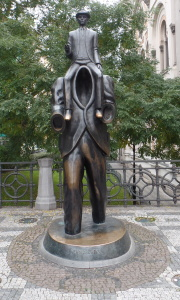 Jaroslav Róna's bronze statue of Franz Kafka in Prague