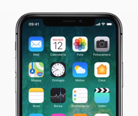 Apple: iPhone X completamente wireless; senza cavi!