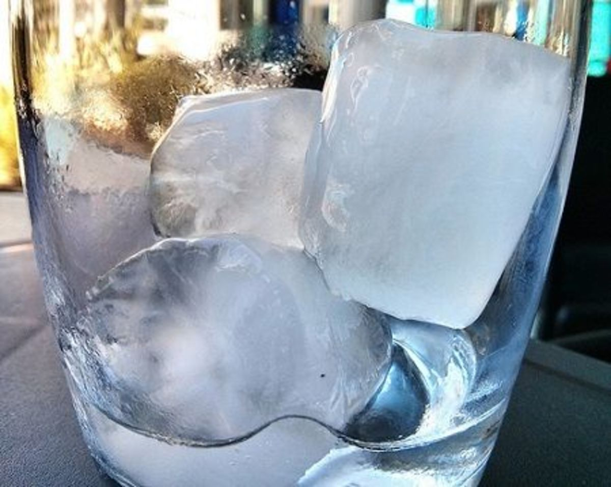5 Ways To Keep Beverages Cold Without Watering Them Down