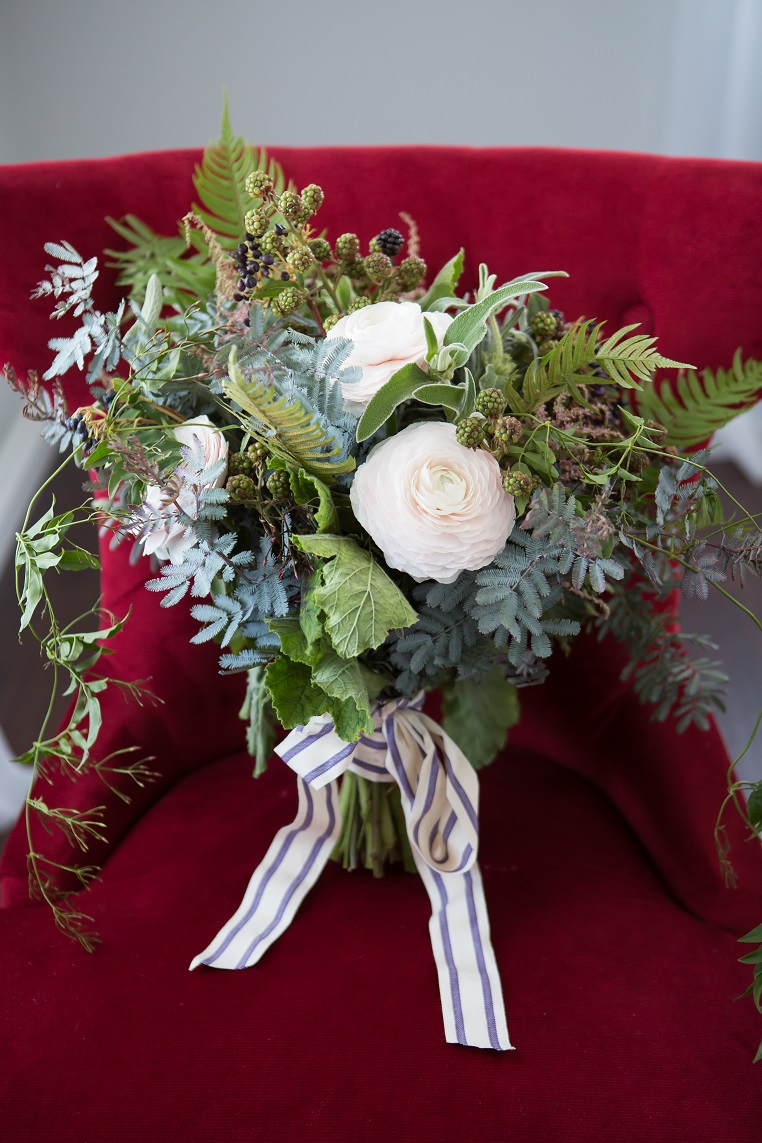 Organic Elements, Exquisite Weddings Magazine