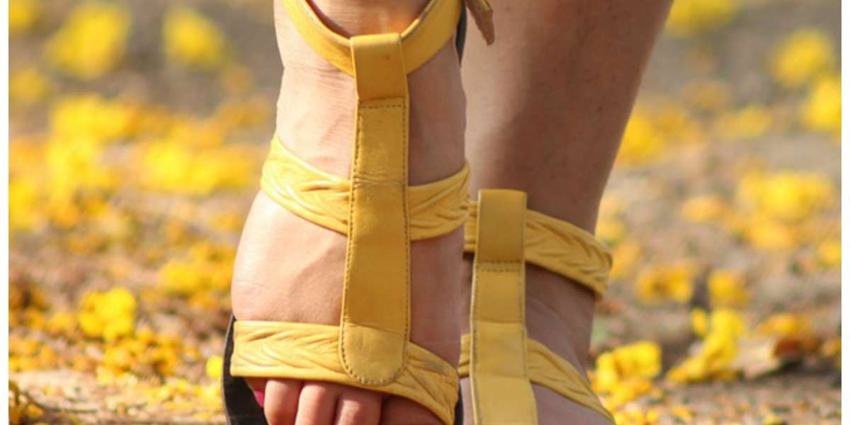 Essential Oils For Cracked Heels