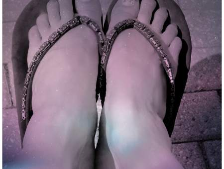 essential oil salve for dry cracked heels
