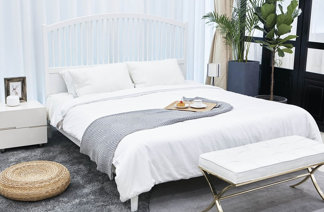 Create an inviting bedroom sanctuary - relax and unwind ...
