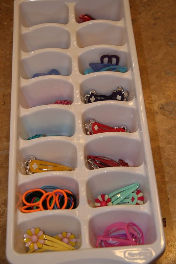 organise hair accessories in a ice cube tray