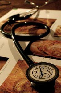 Organiza tus estudios médicos y cuida la documentación que ¡cuida de ti!