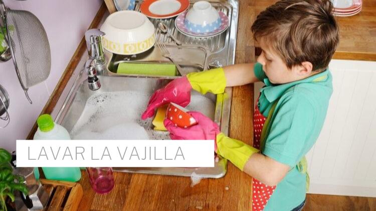 cooperación de los niños en las tareas del hogar